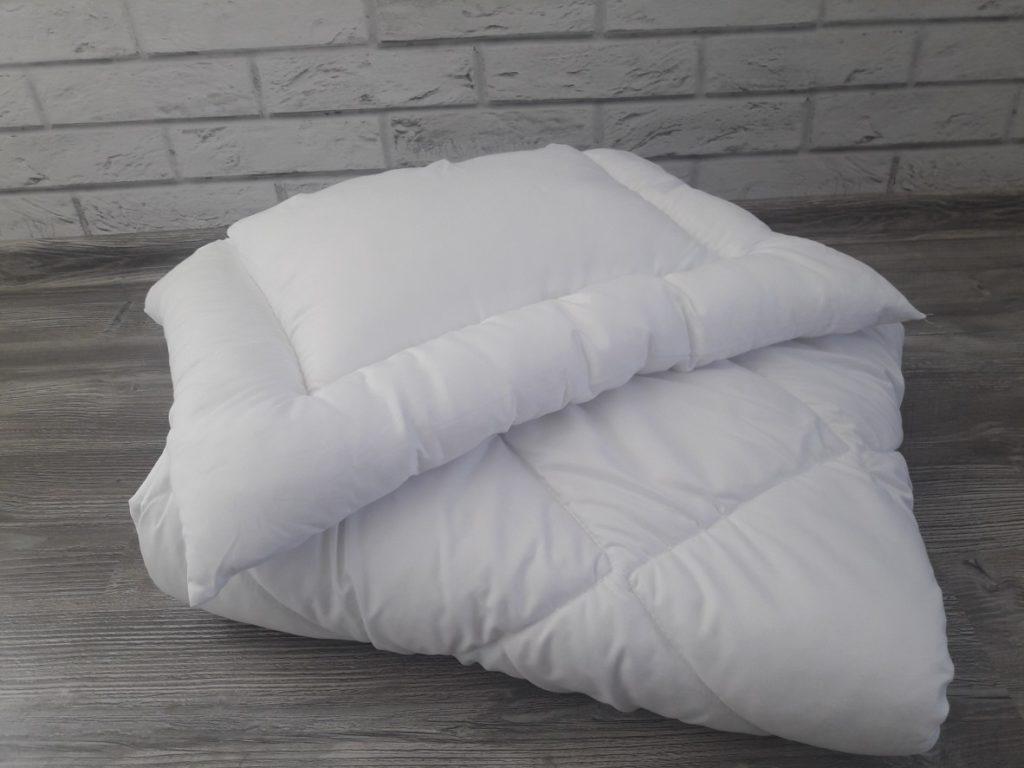Komplet dziecięcy,140/100 cm kołdra i 40/60 cm poduszka